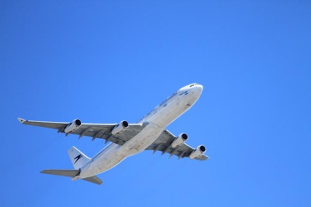 Plane 50893 640